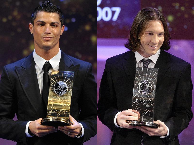 Два футболиста Роналдо и Месси