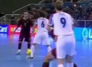 Мини футбол финты на видео