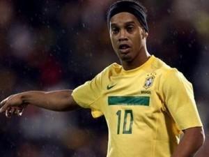 Рональдинео указывает на какой позиции он будет играть в сборной Бразилии