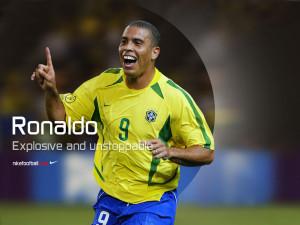 Роналдо Зубастик в форме Бразилии заставка