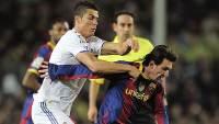 Месси против Роналдо постоянно выясняют кто лучший